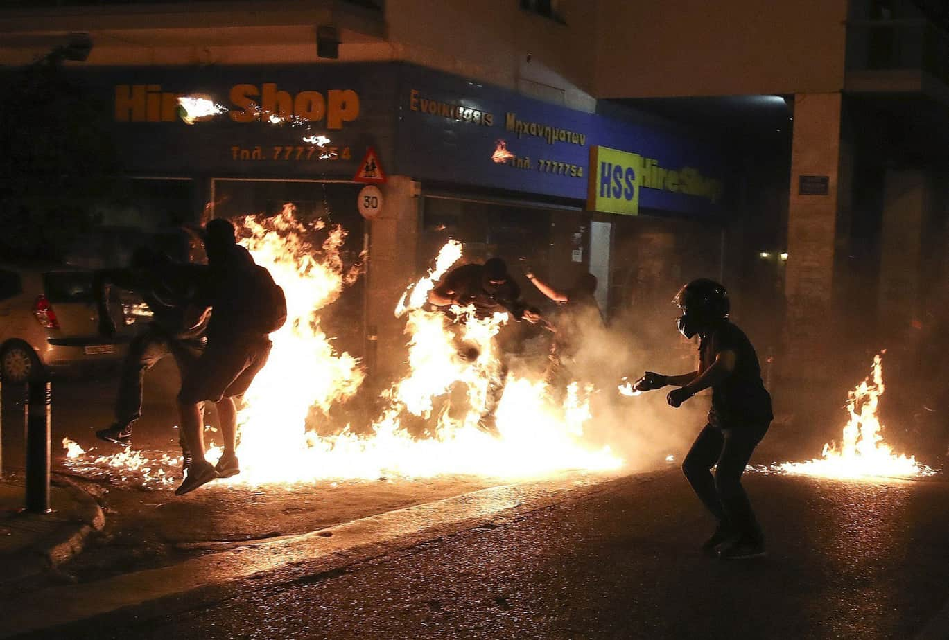 greece-clashes-2017