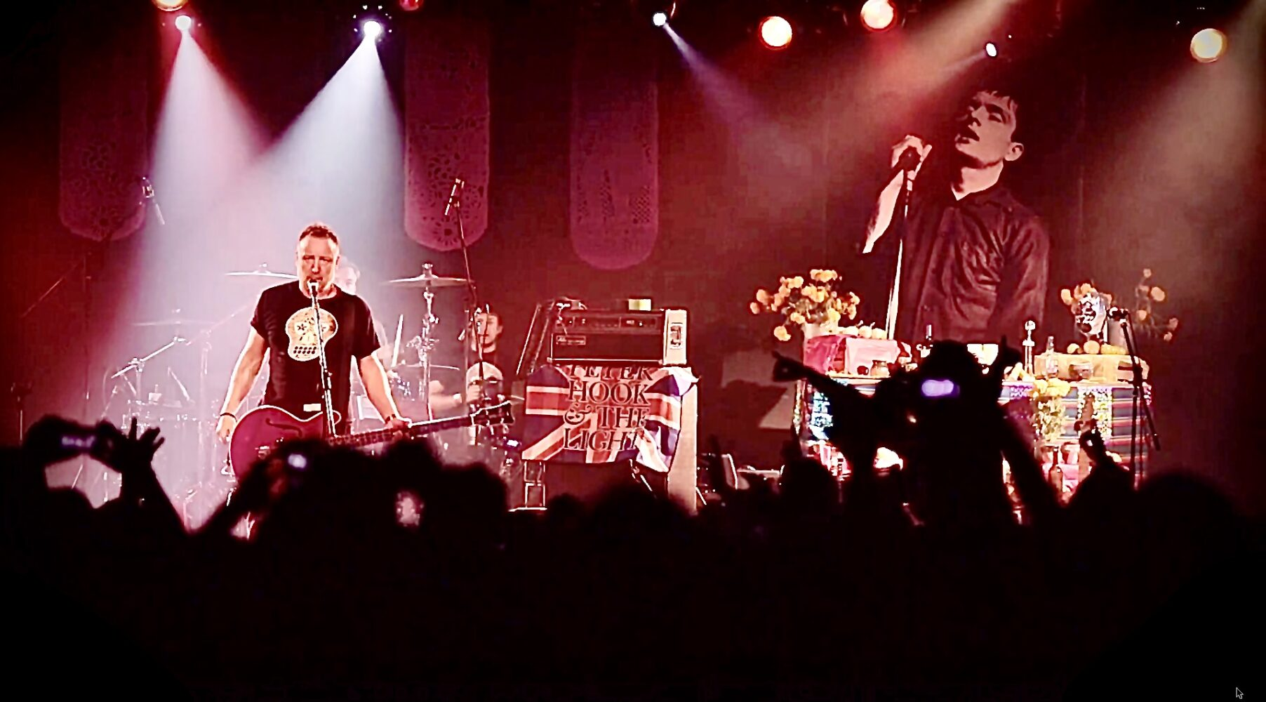 Peter Hook And The Light: Mexico City– live stream